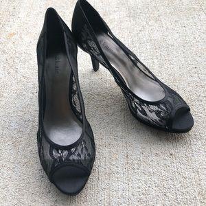 NWOT Black Lace Heels Kelly & Katie Make an Offer!
